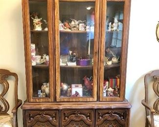 China Cabinet ( 2 pieces)