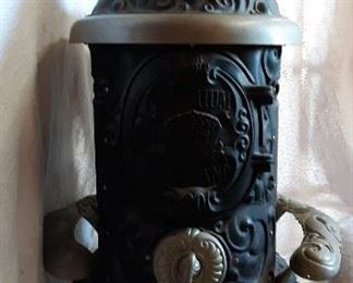 Premium Garland, Garland Stoves and Ranges.  The Michigan Stove Co. Detroit Chicago.