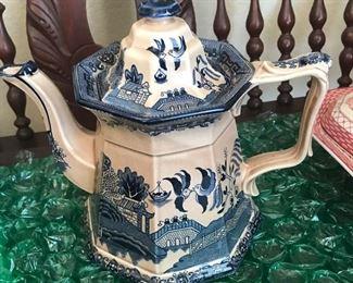 Blue & White Porcelain Coffee Pot