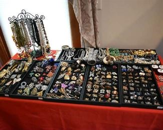 COSTUME JEWELRY-SOME VINTAGE-WEISS/LISTER, ETC