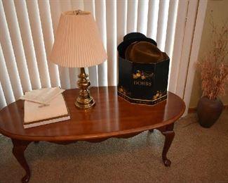 COFFEE TABLE, LAMP, VINTAGE HATS, LINEN TABLE CLOTH/NAPKINS