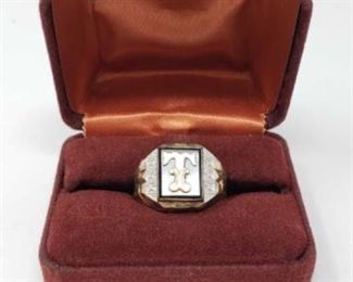 # 11 Men's Sterling Silver Ring with 10k Gold Top, 8.8g Weighs approx 8.8g, size 10