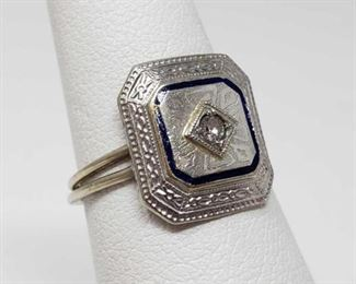 #53: 10k White Gold Ring with Center Diamond, 2g Weighs approx 2, size 6.5, diamond is approx 1/32ct