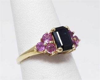 #47: 14k Gold Ring with Semi-Precious Stones, 2.4g Weighs approx 2.4g, size 5