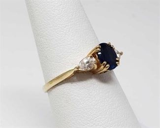 #48: 14k Gold Ring, 2.2g Weighs approx 2.2g, size 7.25