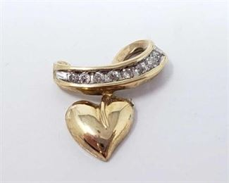 #202: 10k Gold Pendent with Diamonds, 1.4g Weighs approx 1.4g