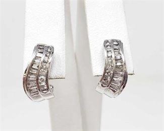 #148: 14k White Gold Diamond Earrings, 3.8g Weigh approx 3.8g