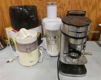 #1207: Two Toasters, Two Juicer, and Two Coffee Pots Two Toasters, Two Juicer, and Two Coffee Pots