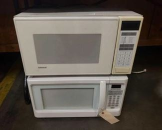 #1217: Two Microwaves Admiral and Hamilton Beach