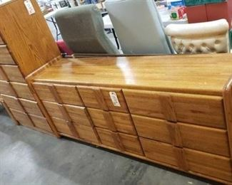 """#1524: Dresser and Chest of Drawers Dresser 33""""×19""""×55"""" and Chest of Drawers 72""""×18""""×29"""""""