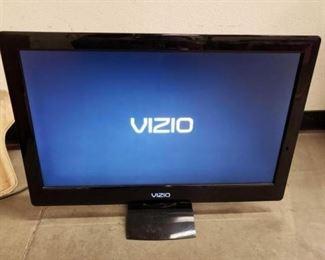 """#1700: 26"""" Vizio TV with Remote Model: M260MV"""