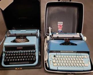 #1701: Underwood Type Writer and Smith Corona Electric Type Writer Underwood Type Writer and Smith Corona Electric Type Writer