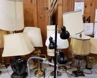 """#1713: 12 Lamps, 16.5"""" - 63"""" Tall 12 Lamps, 16.5"""" - 63"""" Tall"""