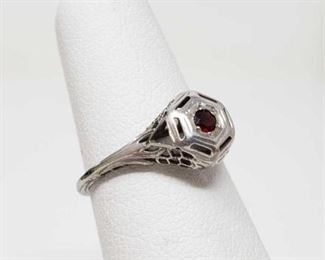 #56: 14k White Gold Rings with Center Stonex 1.8g Weighs approx 1.8g, size 4.5