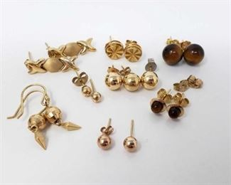 #118: Seven Pairs of 14k Gold Earrings, Loose Earring and Earring Backs, 8.2g Combined weigh approx 8.2g