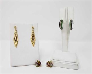 #88: Two .925 Sterling Silver Earrings and Pin Set 15.9g Two earring pairs and two jeweled pins, each .925 sterling silver and all together weigh approx. 15.9g