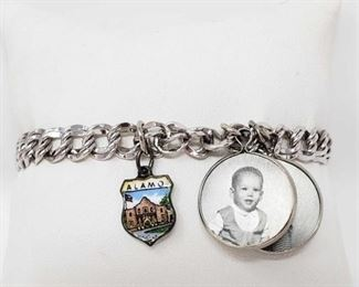 """#106: Sterling Silver Charm Bracelet, 20.2g Weighs approx 20.2g, measures approx 7"""""""