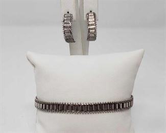 """#163: 14k White Gold Earring and Bracelet Set, 14.9g Combined weigh approx 14.9g, bracelet measures approx 7"""""""