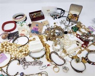 #224: Misc Costume Jewelry Misc Costume Jewelry