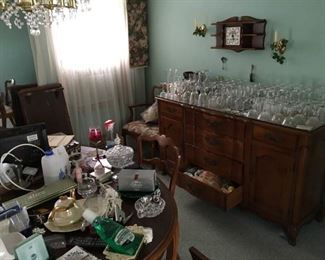 glassware dining room set