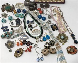Vintage Costume Jewelry  https://ctbids.com/#!/description/share/155593