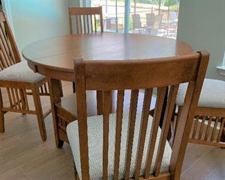 Gorgeous Mission Style Table and Chairs