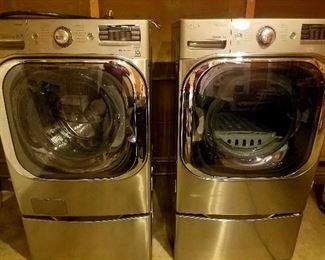 LG Frontloader Washer Dryer Model DLEX8000V