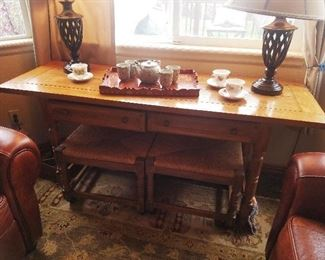 Drexel Heritage Entry Table with stools