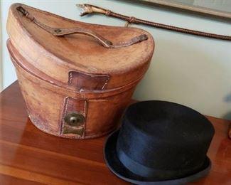ANTIQUE HATBOX, RIDING HAT