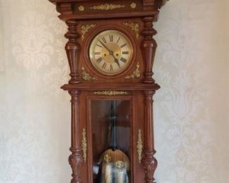 AMAZING ANTIQUE CLOCK