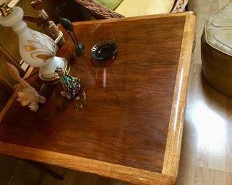 Vintage Lane Altavista Walnut Side Table