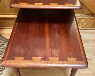 Vintage Lane Altavista Acclaim Walnut Side Table