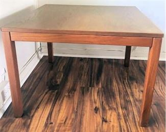 APT010 Solid Wood Table