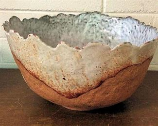 APT012 Large Handmade Ceramic Bowl