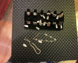 More beautiful jewelry; rings and braclets.
