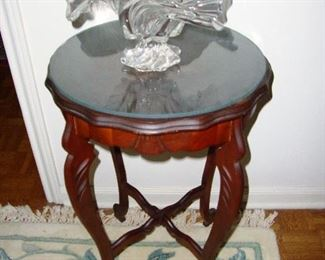 SMALL ORNATE GLASS TOP ACCENT TABLE
