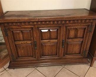 Biffet Cabinet
