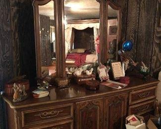 Vintage triple dresser