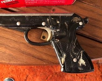 Apache Rescue Flare Gun from the 60's