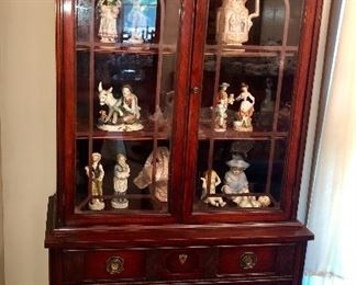 Mahogany Hepplewhite china cabinet