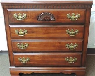 Vintage American Drew Queen Anne Style Dresser.