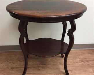Antique Oval Parlor Table.