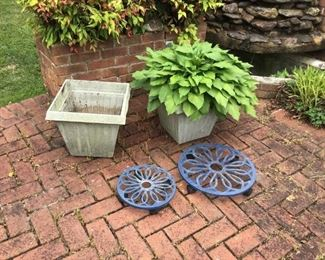 Garden Planters and Rollers https://ctbids.com/#!/description/share/156045