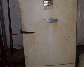 GM Frigidaire with keg tap-way in door