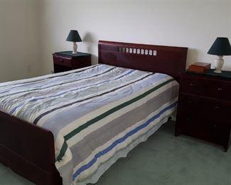 Queen bed and nightstands