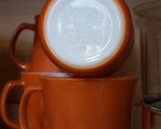 Set of 4 Pyrex coffee mugs