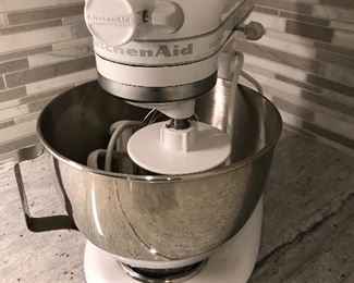 Kitchen Aid Mixer - never used