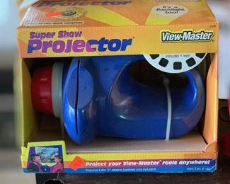 Super Show Projector