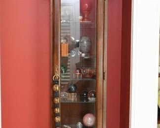Tower Display Cabinet (glass shelves and sides)