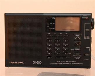 Realistic DX-380 Radio